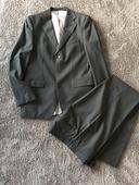 Panský oblek Zara slim fit pro štíhlého muže , 48