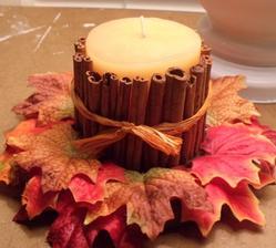sviecka, skorica, spagatik a farebne listy