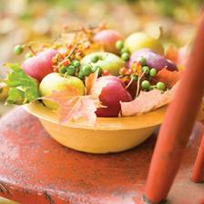 """do """"lavora"""" :-) naaranzujeme jablka a listy a ine plody a jesenna vyzdoba hotova"""