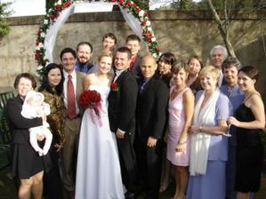 Nasi svatebcane, nekteri bohuzel na fotce chybi