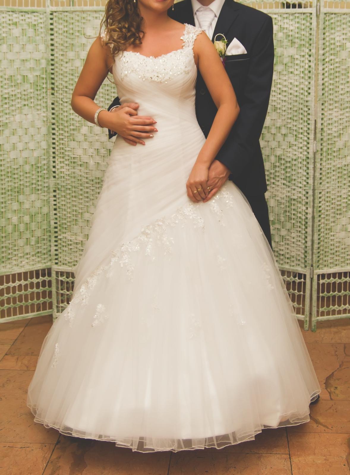 svadobné šaty vel. 36 + spodnička - Obrázok č. 1