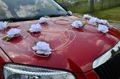dekorace na auto nevěsty,