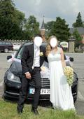 Bílé splývavé svatební šaty, 42