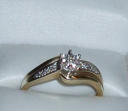 ...  môj snubný prstienok ...