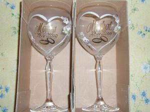 .. naše poháre... úplne iné než som chcela, ale aj tieto sú krásne :) ...
