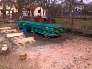 konečne prišla jar a my začíname pracovať.:-))))))