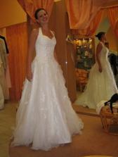 1.šaty, které jsem zkoušela - jako bonbonek:-)