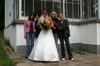 jedno foto s kamarádkama