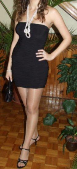 Mini čierne koktejlové šaty - Obrázok č. 2