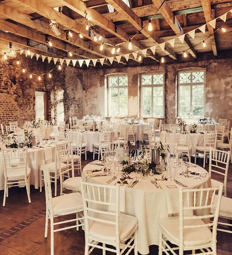 Chiavari stolickY, ghost stolicky, okrúhle stoly, dekoracie - Obrázok č. 2