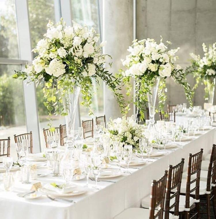 Chiavari stolickY, ghost stolicky, okrúhle stoly, dekoracie - Obrázok č. 3
