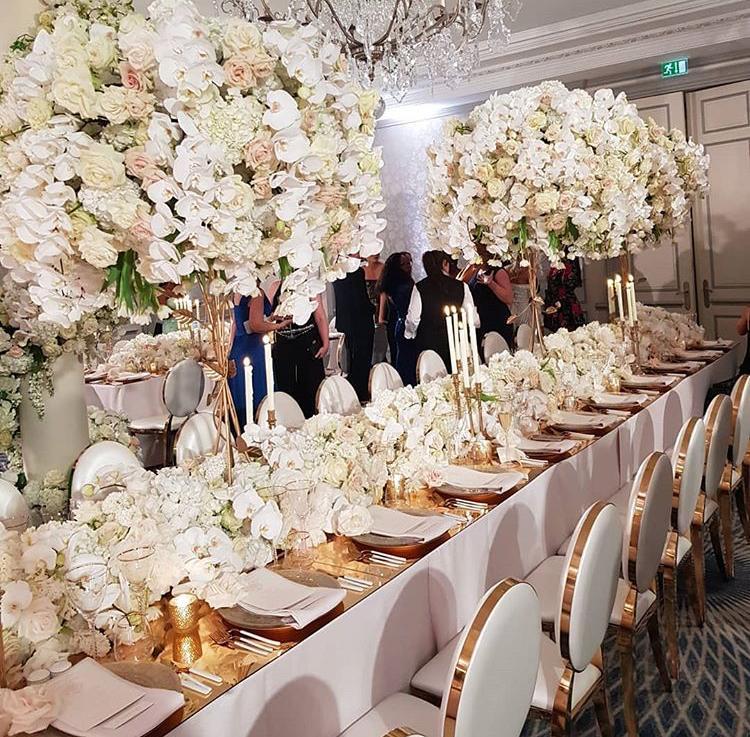 Chiavari stolickY, ghost stolicky, okrúhle stoly, dekoracie - Obrázok č. 4