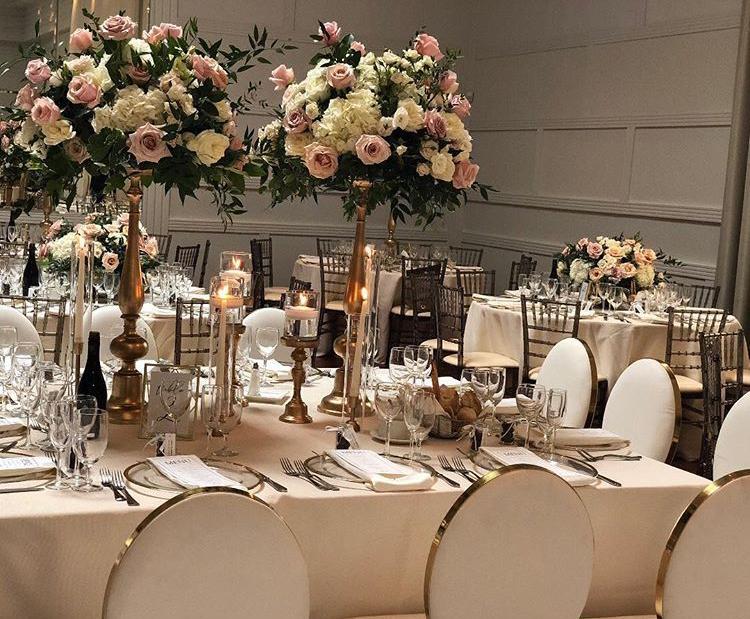 Chiavari stolickY, ghost stolicky, okrúhle stoly, dekoracie - Obrázok č. 8