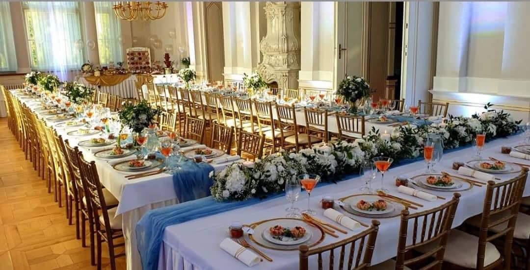 Žienky, ponúkame na prenájom chiavari stoličky 2,40€ biele, zlaté, lime wash👌👍 - Obrázok č. 5