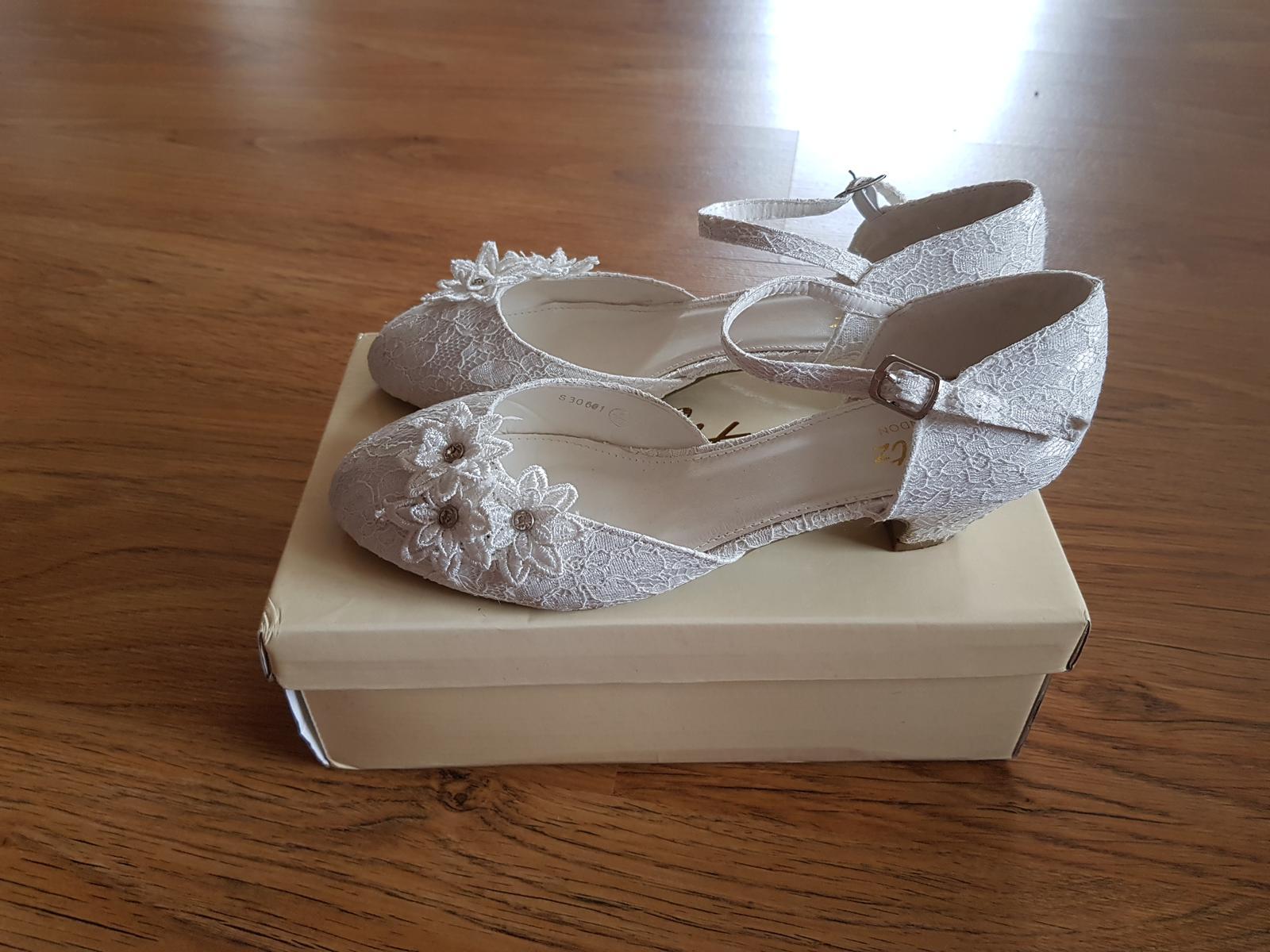 Svatební boty ivory - Obrázek č. 2