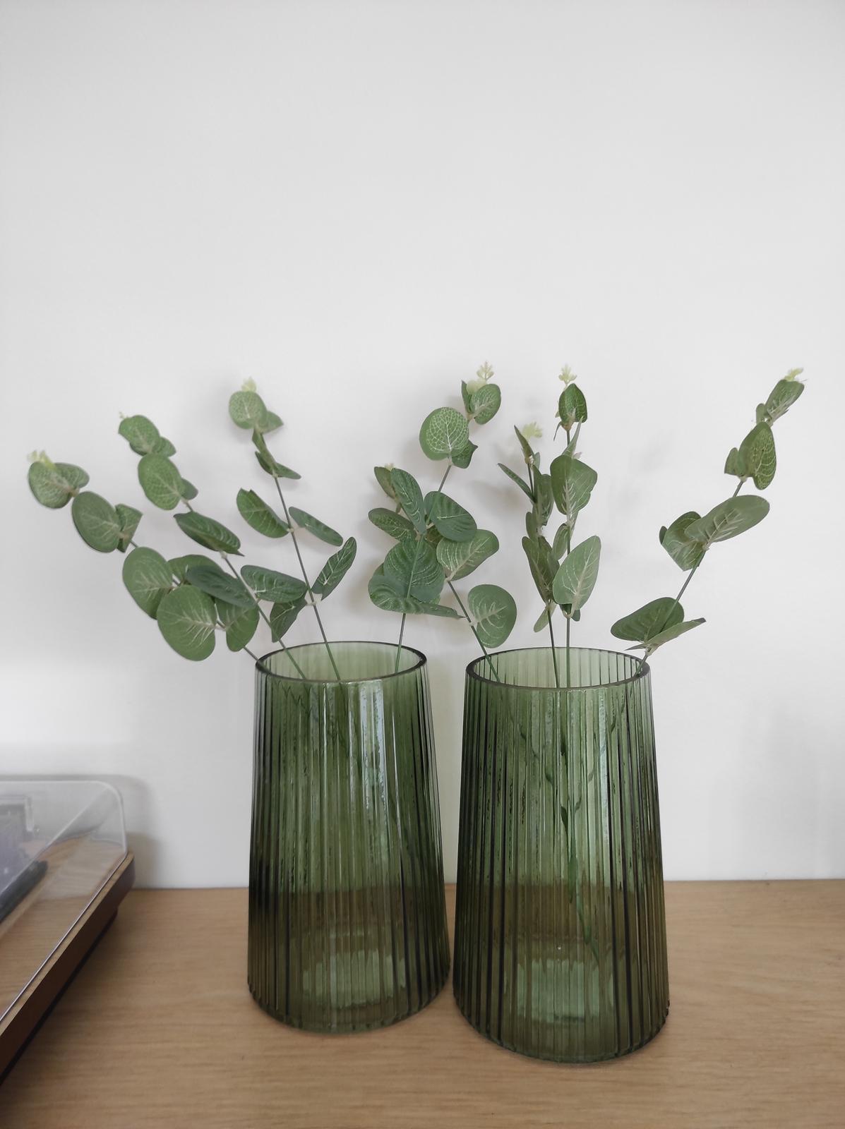 2ks zelené skleněné vázy - Obrázek č. 1