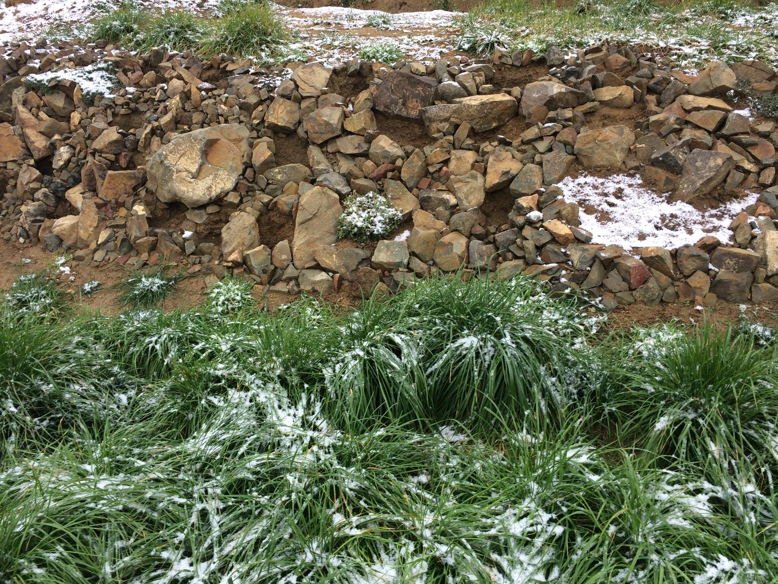 Fáze druhá ... zahrada - Listopad 2017 - první poprašek sněhu