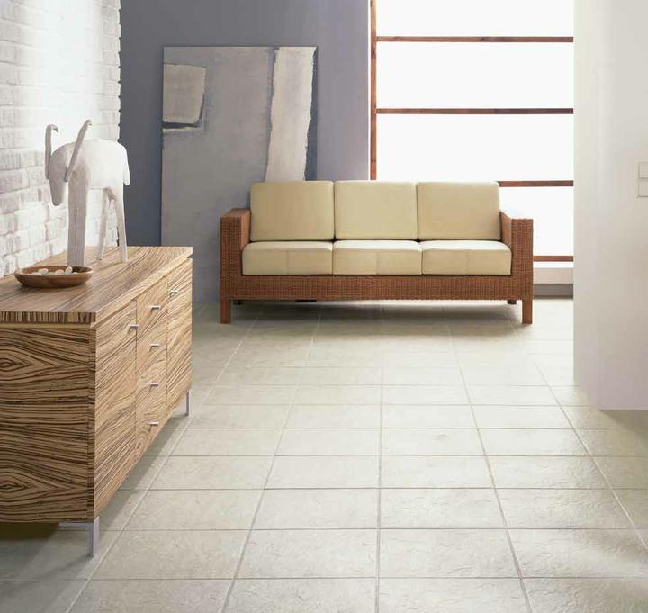Čo nás inšpiruje... - Drevo by sme chceli v menšej miere aj na nábytku v obývačke, najlepšie v rovnakom vzore ako na kuchynskej linke.