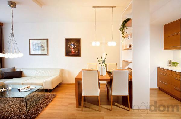 Čo nás inšpiruje... - tento interiér môžem :-) a to svetlo nad jedálenským stolom je super