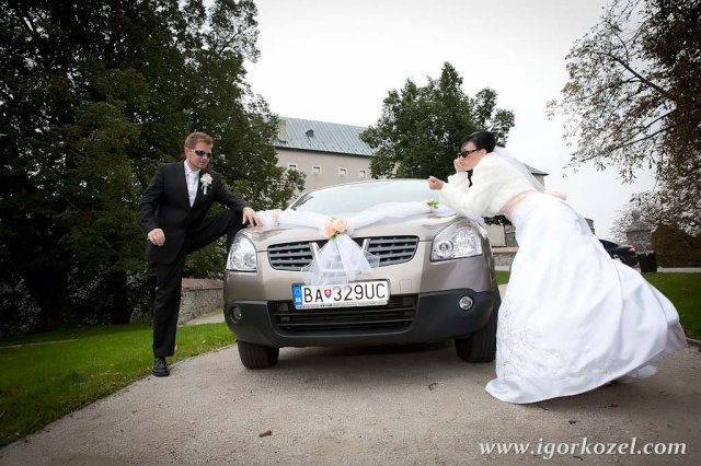 Dada a petik 2.10.210 - svadobne auto nakoniec quaskaj :)