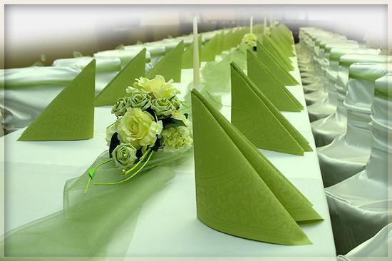Svadbicka - zelena je jednou s favoritiek vo vyzdobe