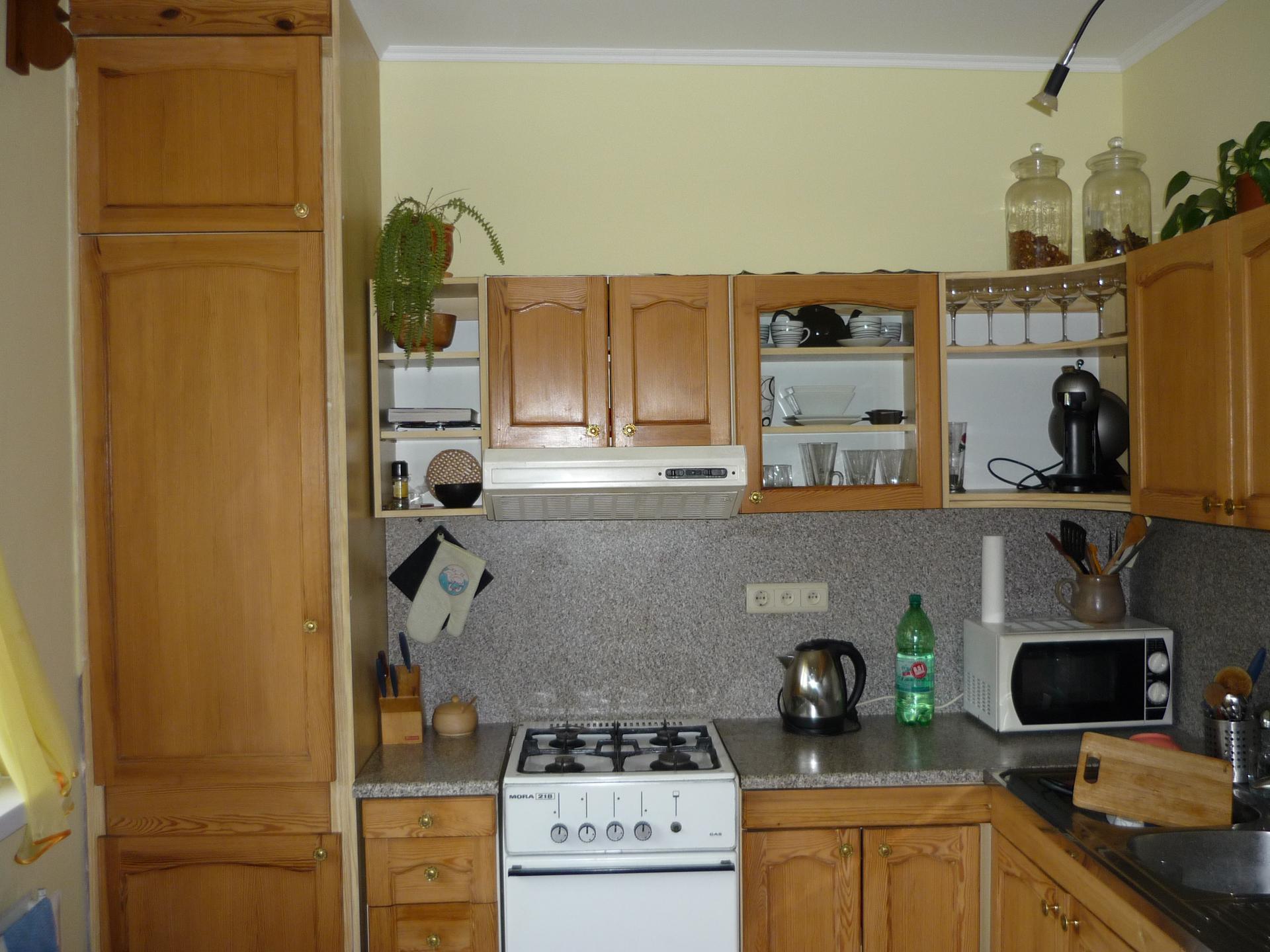 Nová kuchyňa v byte - kuchyna stav pred