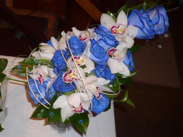 Lucka{{_AND_}}Peťko - svadobná kytica....svadobný salón Mýtna