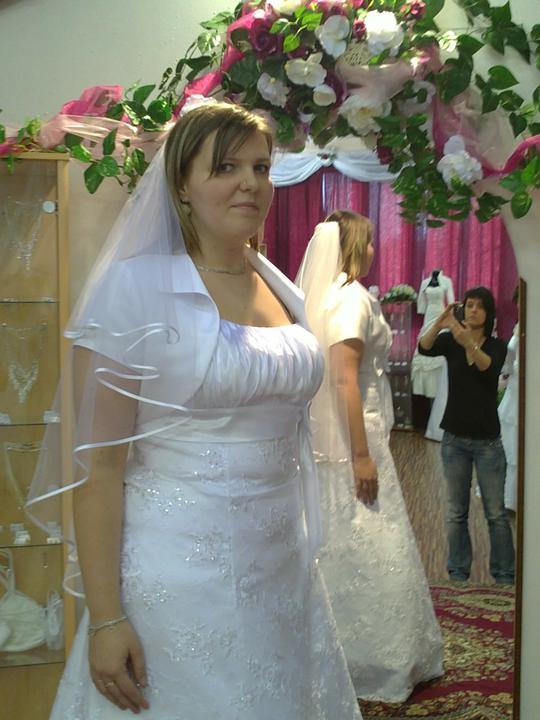 Skúšanie šiat - A jupiii aj finálne svadobné šaty :)