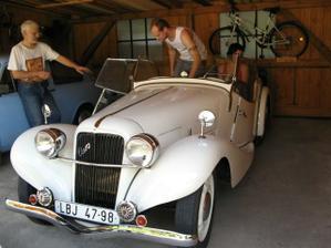 naše svatební auto