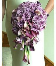 Chci fialové růže s něčím