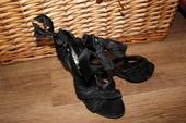 Čierne sandálky , 39