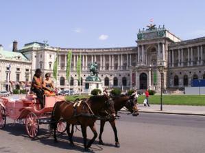 možná svatební cesta do Vídně...;o)