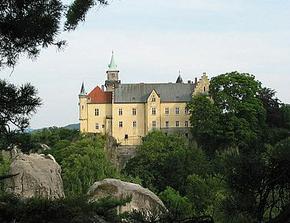 Místo obřadu - zámek Hrubá Skála...