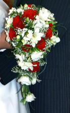 a takhle vypadala moje svatebni kyticka