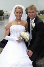 S novomanželem
