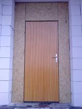super dvere... ci? nove musia este pockat, nech ich neznicime.