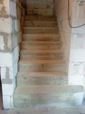 schody odšalované....