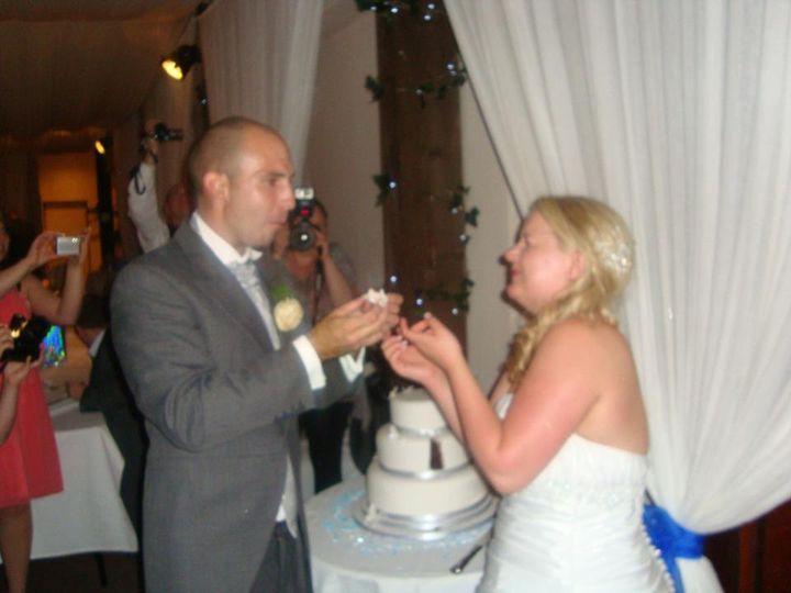 Joanna Edlin{{_AND_}}Danny Pearce - Loving the cake