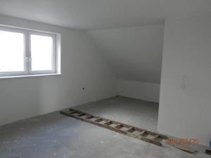 Horna izba - priestor na postele/satnik.