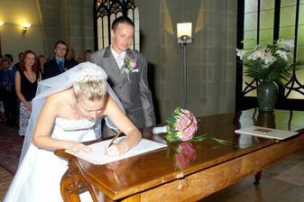 Hlavně se podepsat správně ...