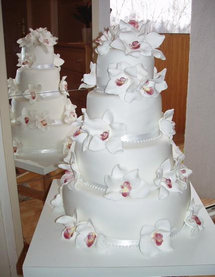 """Naše inšpirácie na deň """"D"""" - krásna tortička"""