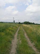 """Prístupová cesta:-)...ze vraj """"dialnica:-)))"""