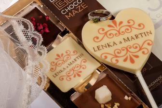 Takúto krásnu čokoládku budeme mať v candy bare a aj na tanierikoch hostí :)