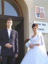 Bratr vede nevěstu