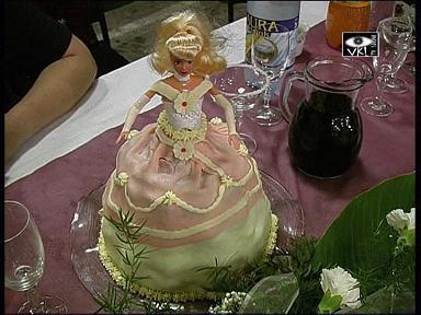 Svatební dorty - marcipánová panenka