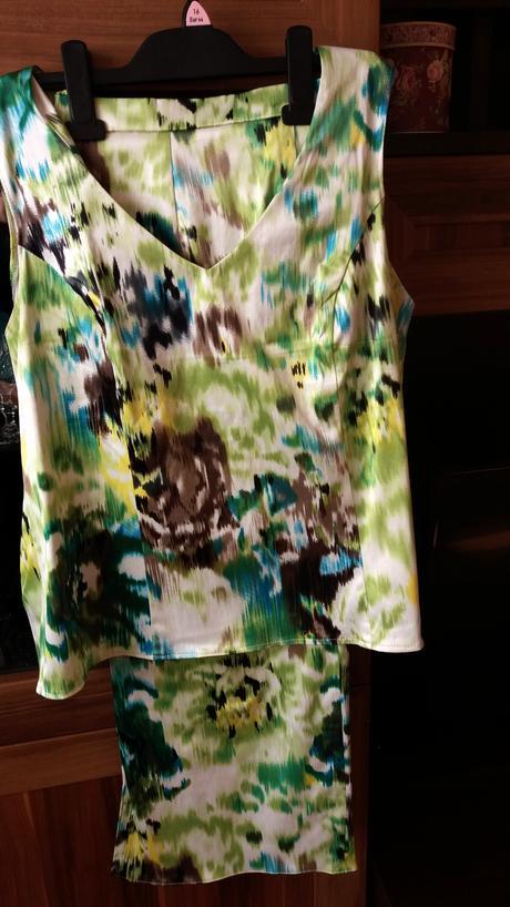 letný kostym šitý na mieru - Obrázok č. 1