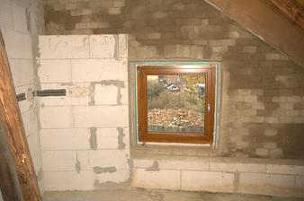 Podkrovní okno