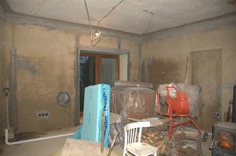 Binec v kuchyni, izolace, míchačka, Krb(zakrytý), dřevo, no prostě všechno...