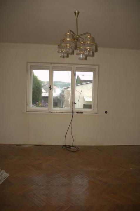 Od začátku do ... - A tady bude ložnice, i tady byly parkety prožrané a musely ven...