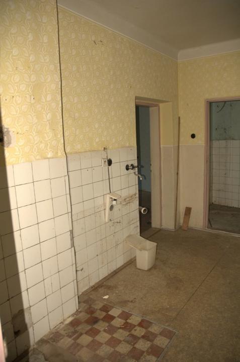 Od začátku do ... - Kuchyň- zeď vlevo půjde pryč.